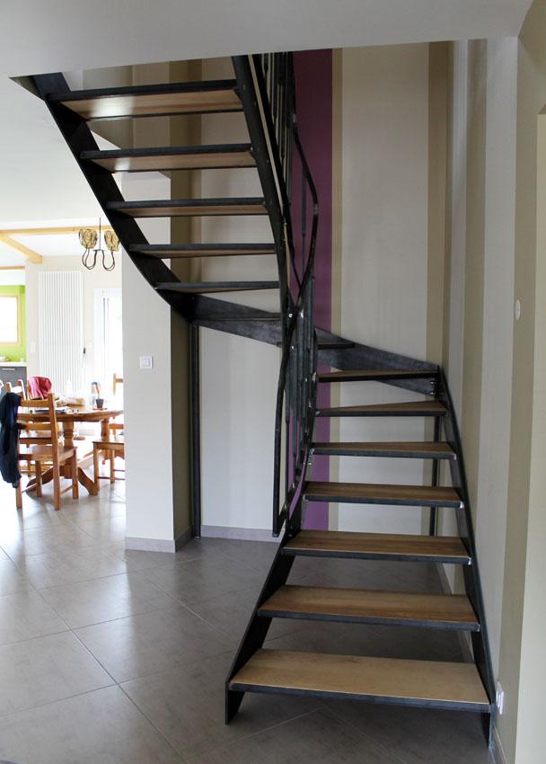 escalier contemporain m tal bois fr ne olivier thierry lo ve maitre artisan ferronnier d 39 art. Black Bedroom Furniture Sets. Home Design Ideas