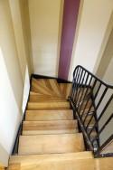 escalier en métal et frène vue de l'étage
